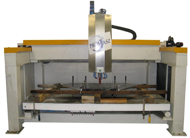 Wielofunkcyjna maszyna kolanowa WMKK-14.0-02-AUTOMATIC