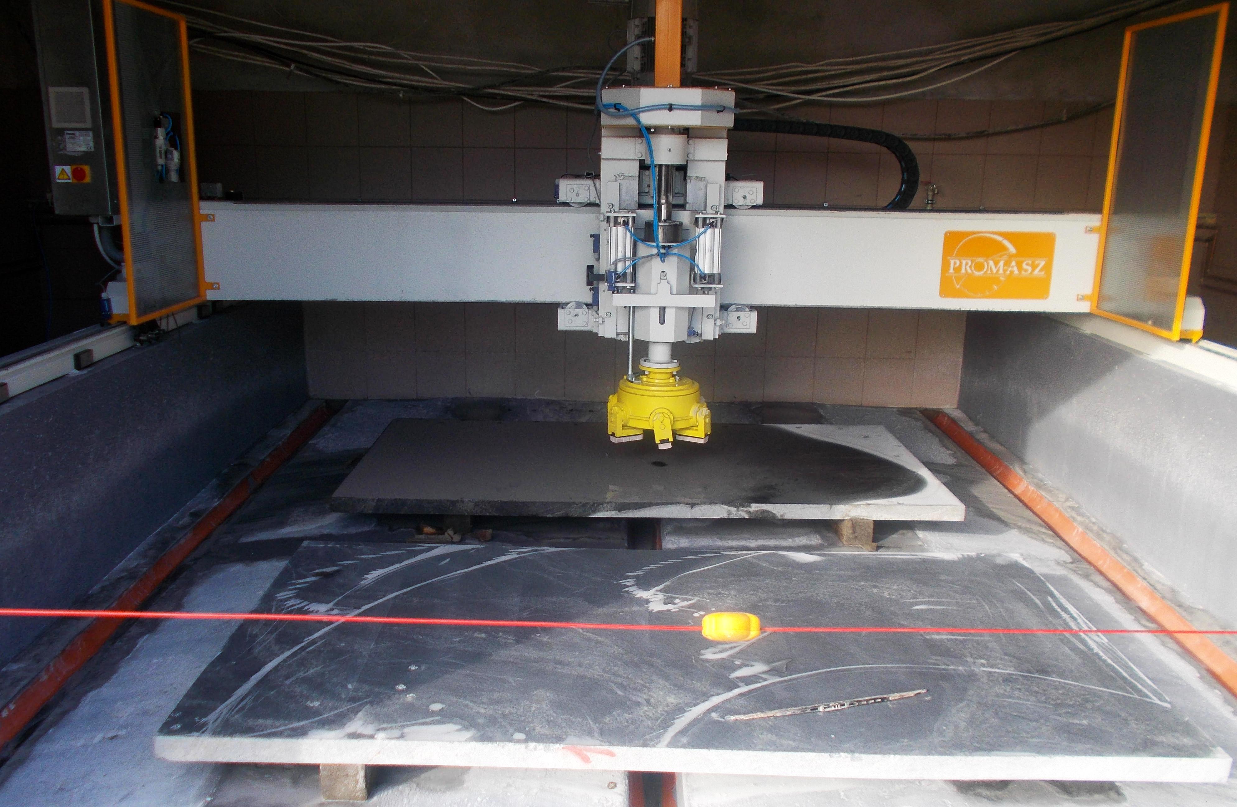 Autimatic grinding machine